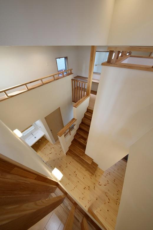 12D90R2203VoidDownstair.jpg